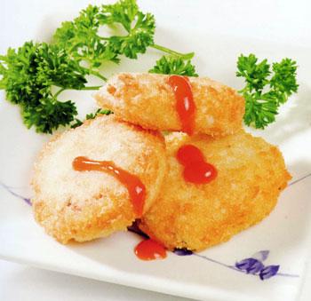 Bánh cua với nước xốt chua