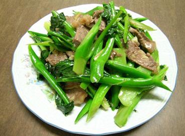 Thịt bò xào cải làn (cải rổ)