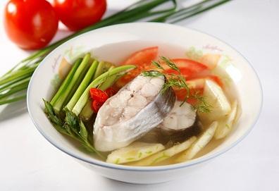 Canh chua cá bông lau (hay cá hú)