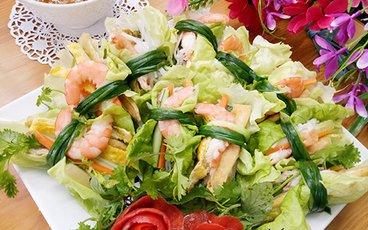 Salad cuộn tôm